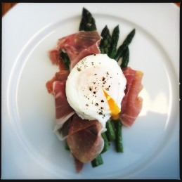Grilled Asparagus, Parma Ham and Poached Egg